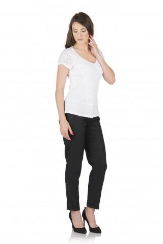 Ленена блуза, комбинирана с дантела - Бяла