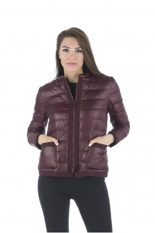 Олекотено пухено яке в бордо с пълнеж от естествен гъши пух
