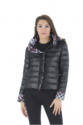 Олекотено пухено яке в черно с пълнеж от естествен гъши пух