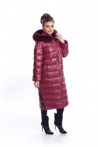 Дълго пухено яке в цвят бордо с качулка украсена с кожа от лисица