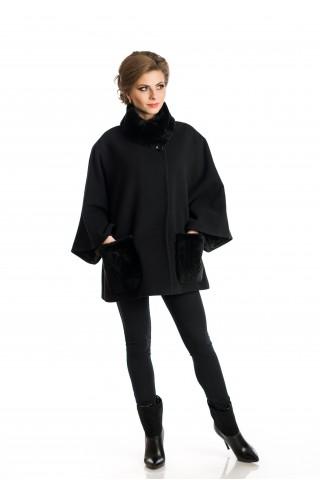 Черно вълнено палто с джобове и яка от Рекс.