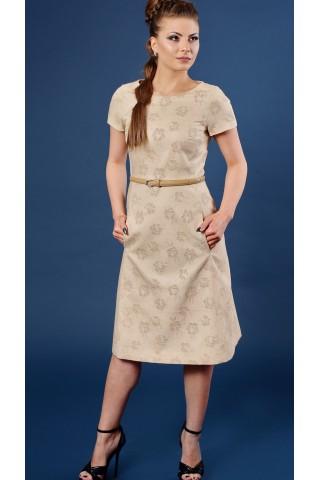 f95266980ab Бежова рокля с бродерия на цветя